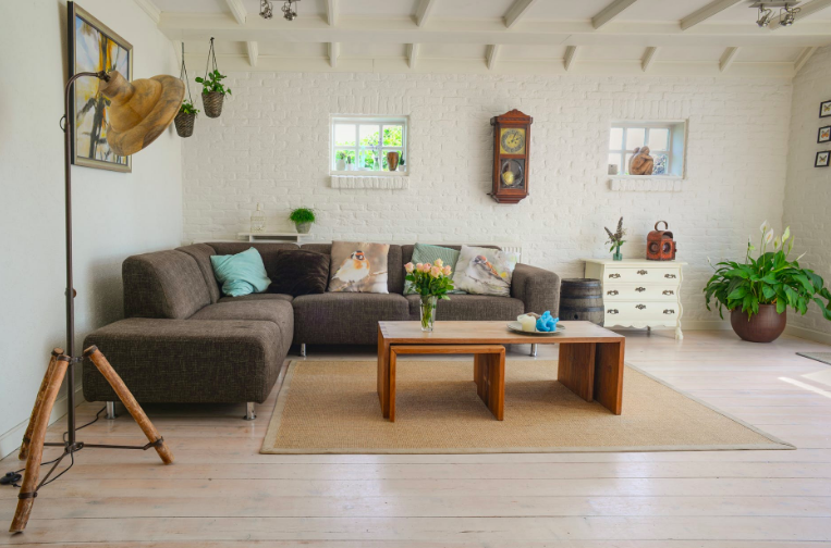 How to Turn Airbnb Hosting into Your Next Side Hustle