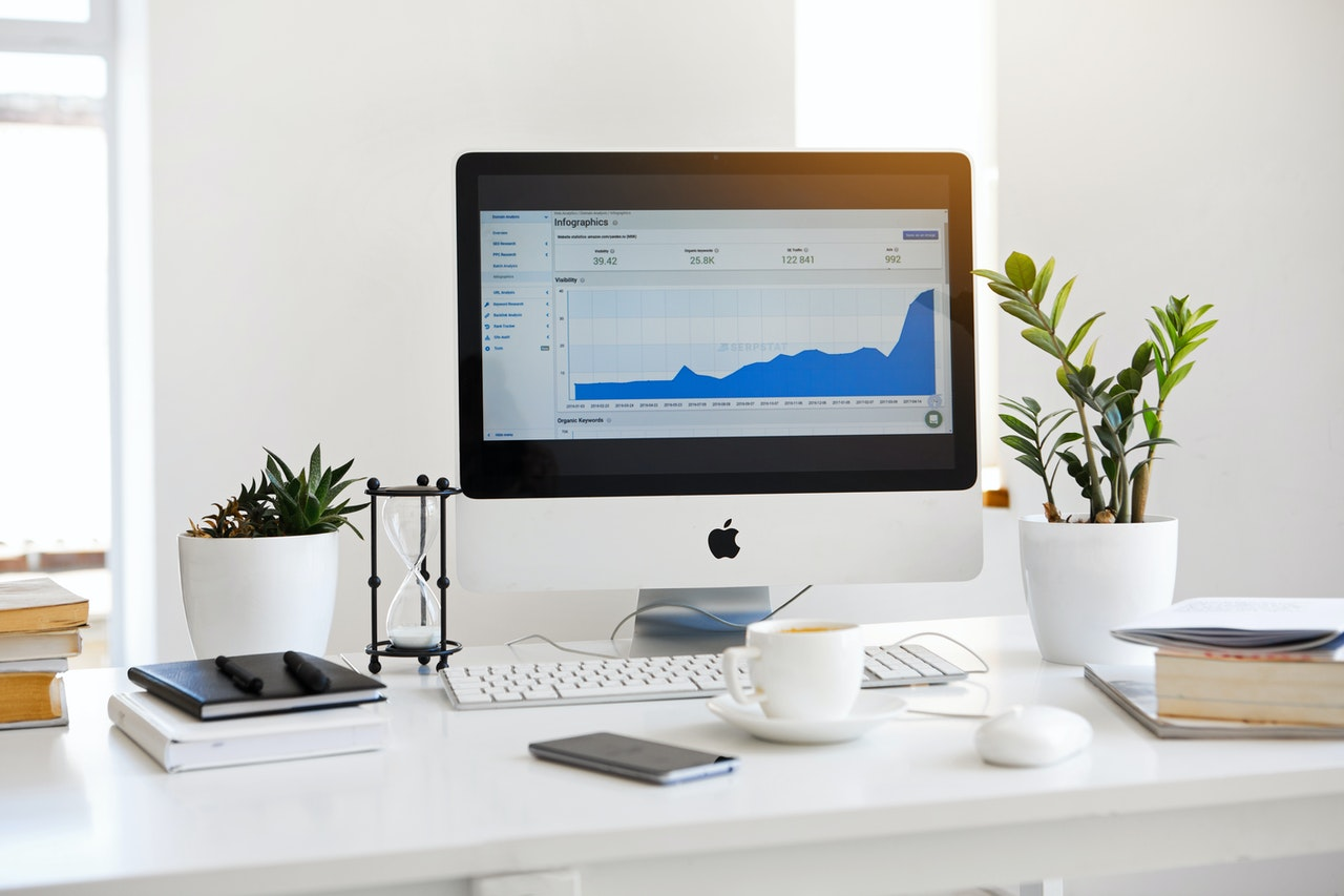 How do you build an audience for a new website or startup? In this article, we share multiple methods for maximizing your online audience.