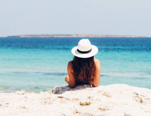 Working While On Vacation: 7 Tips for CEOs