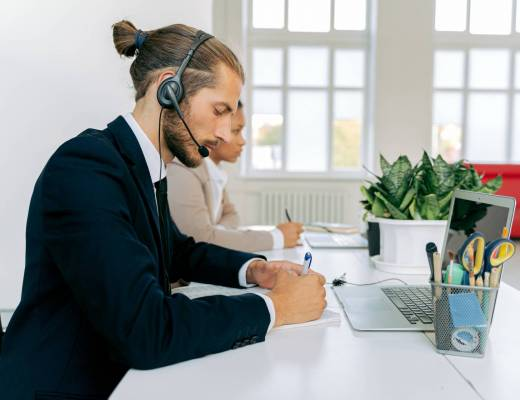 5 Tools to Help Enhance Your Customer Service Experience